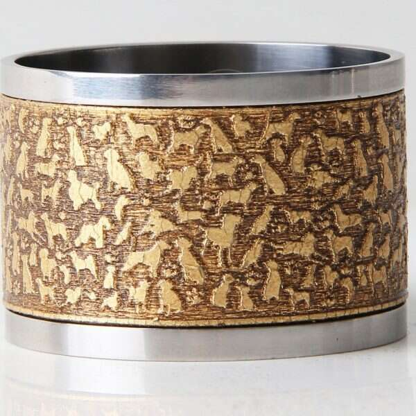 'Rover' Napkin Rings in Antique Gold by Forwood Design 1