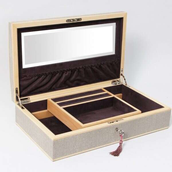Avalon Jewelry Box in Barley Shagreen by Forwood Design 1