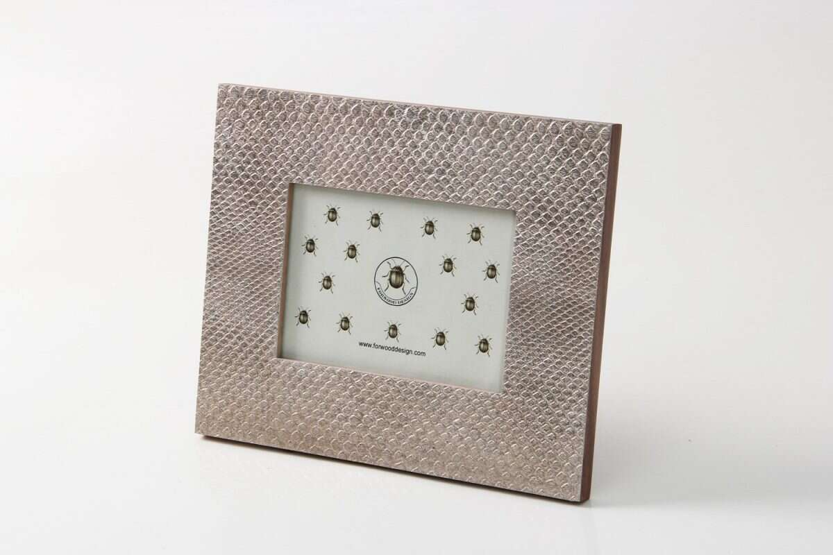 Photo Frame in Antique Silver Boa by Forwood Design 5