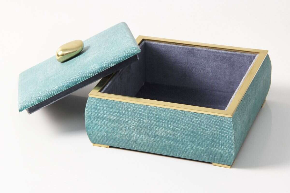 The Sophie jewellery box in teal linen 3