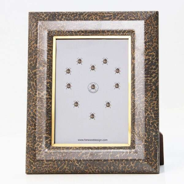 Bella Photo Frames in Eggshell by Forwood Design 1