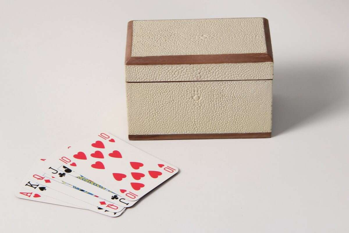 Playing Card Box in Almond White Shagreen 3