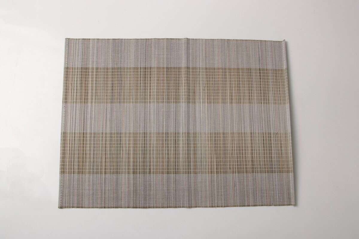 Split bamboo placemats in barley 5