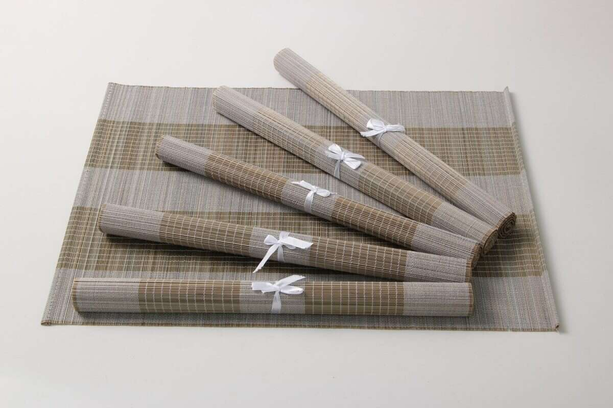 Split bamboo placemats in barley 3