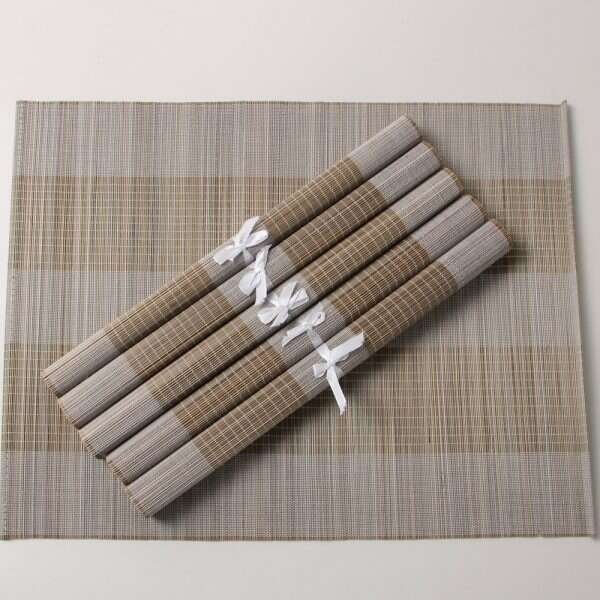 Split bamboo placemats in barley 1