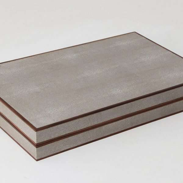 Backgammon Board in Barley Shagreen by Forwood Design 5