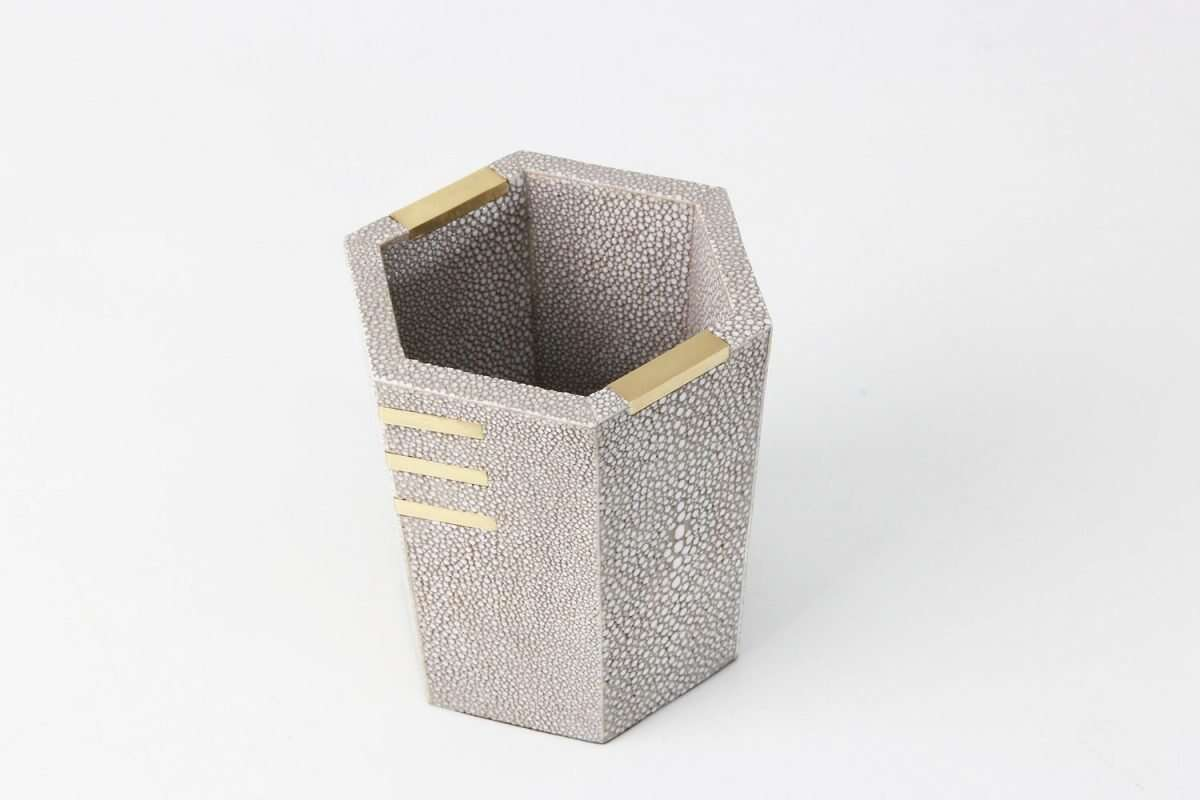 Christie Pen Pot in Barley Shagreen by Forwood Design 2