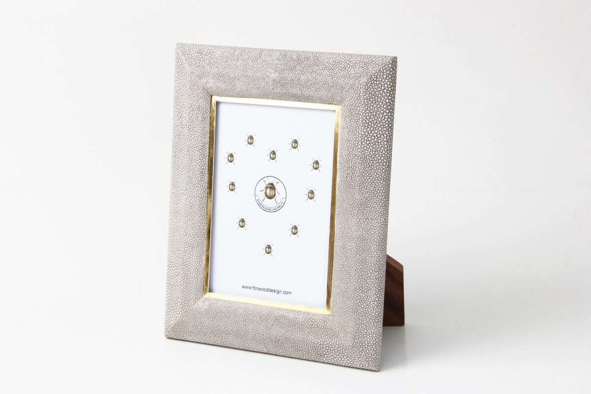 Bella Photo Frame in Barley Shagreen by Forwood Design 3