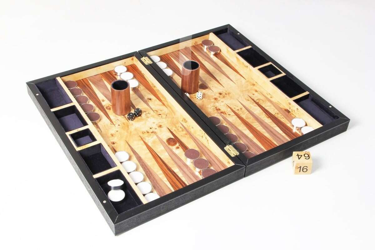 Backgammon Board in Caviar Black Shagreen 4