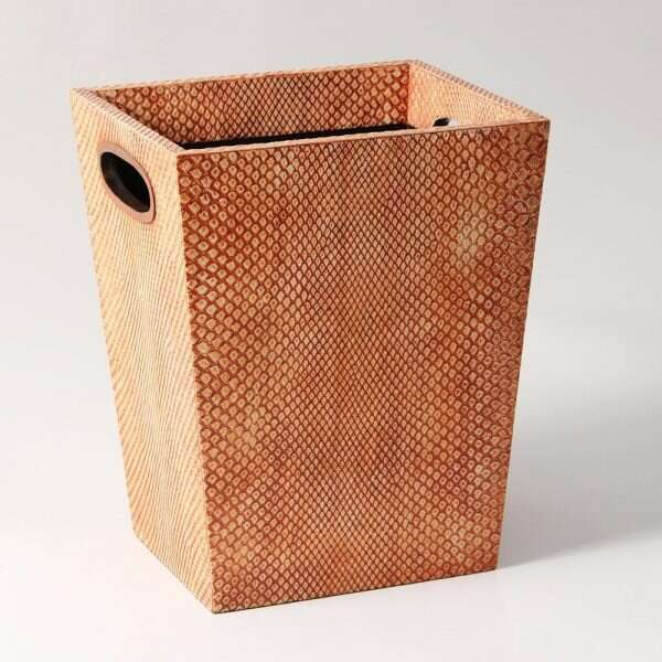 Forwood Design Waste Bin in Coral Boa 1