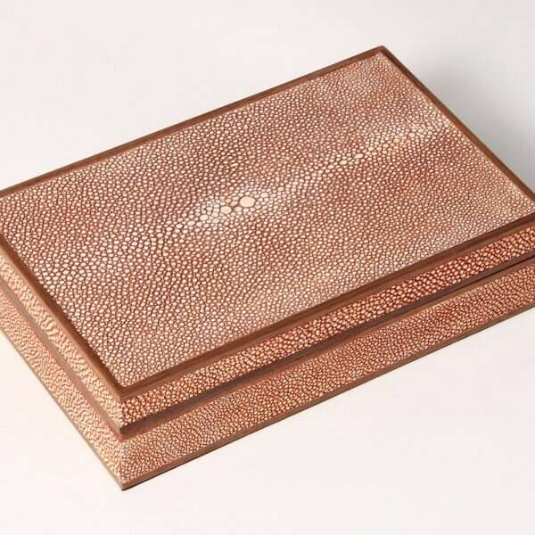 Bridge Set in Coral Shagreen and walnut 3