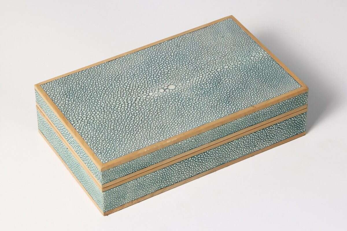 Bridge set in teal shagreen and sycamore 5