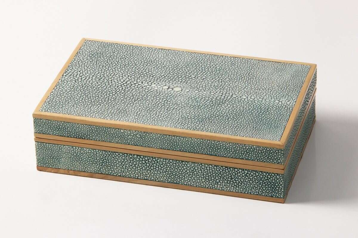 Bridge set in teal shagreen and sycamore 3