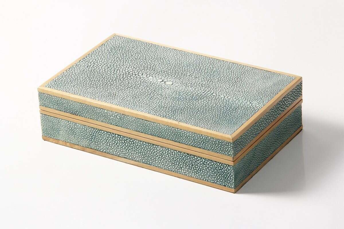 Bridge set in teal shagreen and sycamore 2