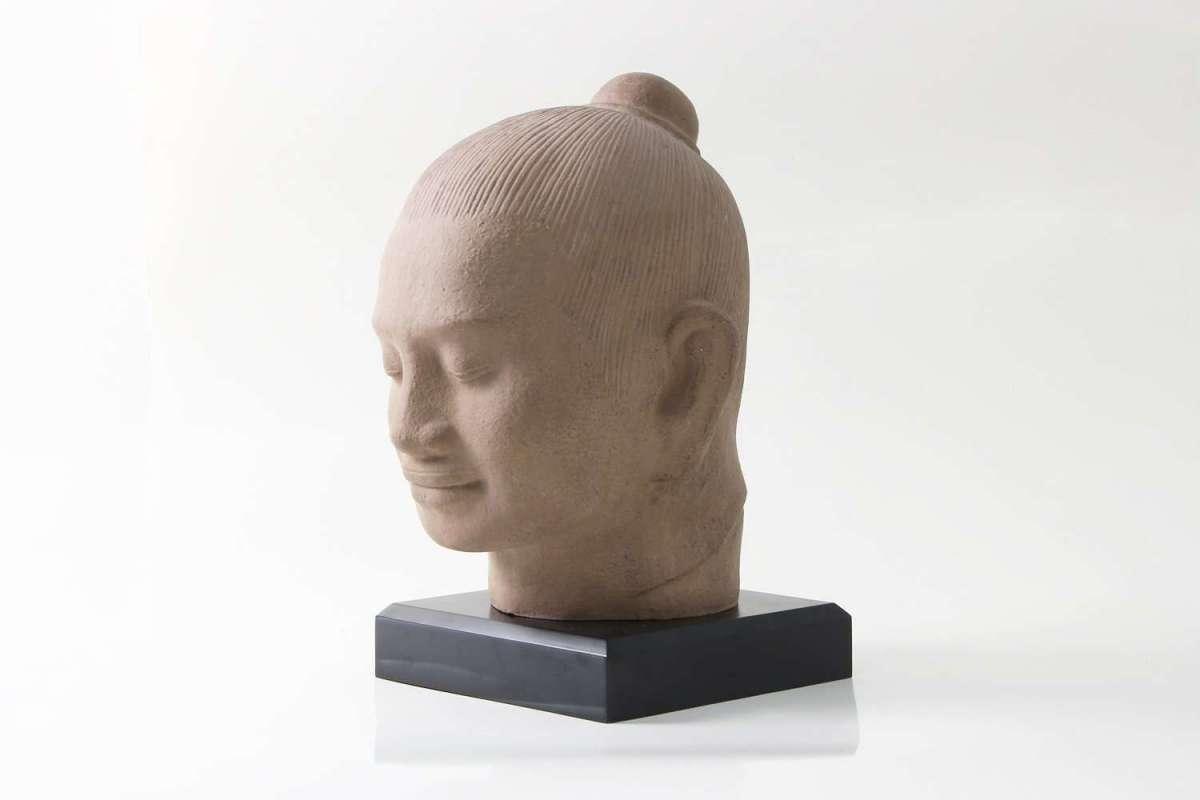 Jayavarman 7th sculpture 1