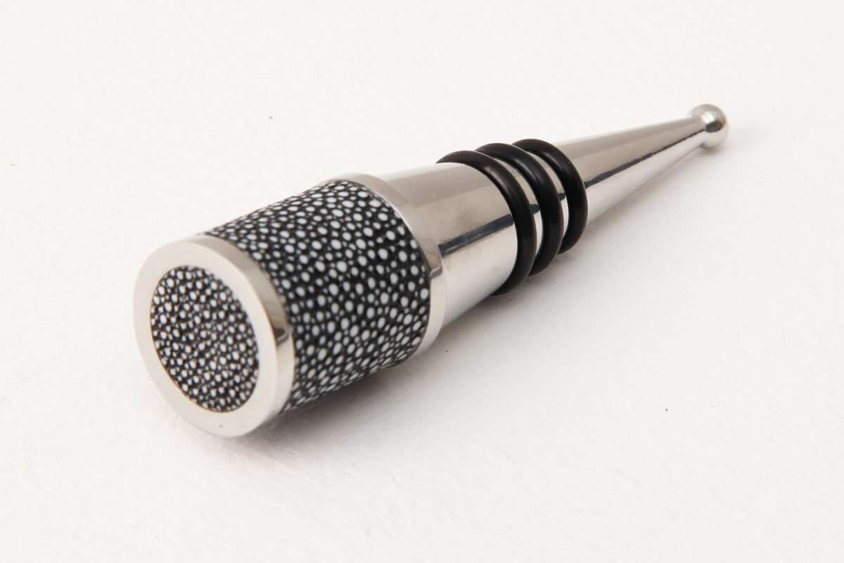 Bottle Stopper in Charcoal Shagreen by Forwood Design 5