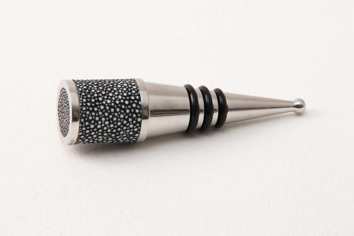 Bottle Stopper in Charcoal Shagreen by Forwood Design 4