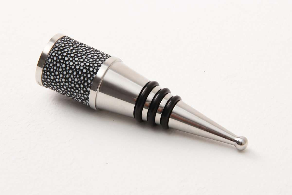 Bottle Stopper in Charcoal Shagreen by Forwood Design 3