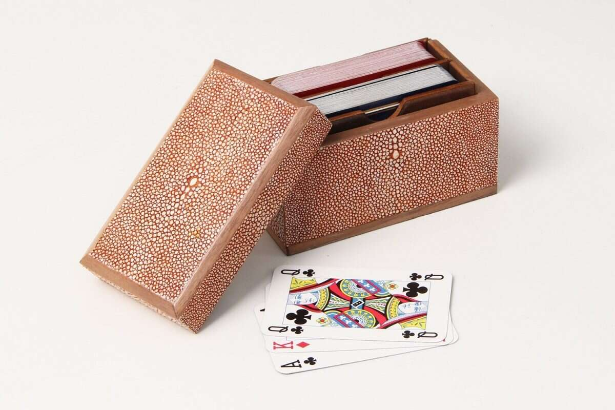 Playing Card Box in Coral Shagreen2