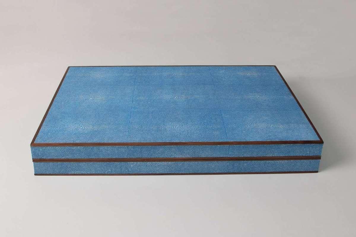 Lux backgammon board in blue shagreen