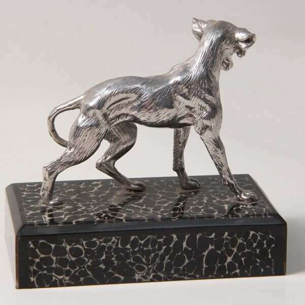 Dog Sculpture for Forwood Design 1