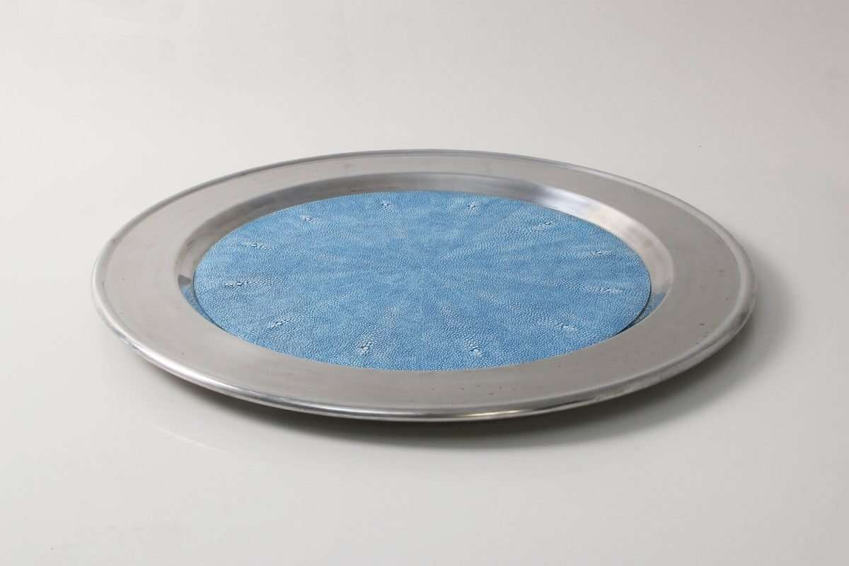 Duchess Serving Tray in Bahama Blue 4