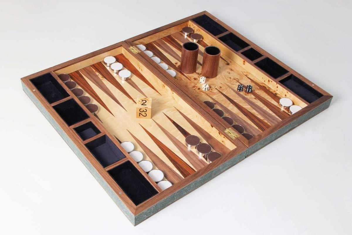 Backgammon Board in Lincoln Green Shagreen 5