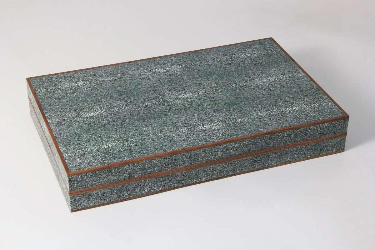 Backgammon Board in Lincoln Green Shagreen 1