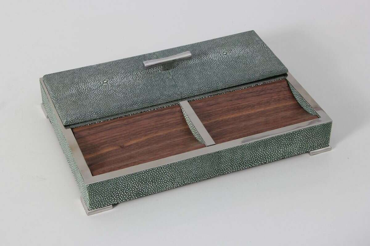 Darcy Valet Tray in Lincoln Green Shagreen 2