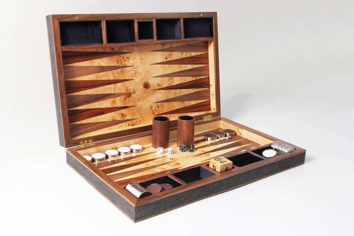 Backgammon Board in Seal Brown Shagreen and walnut 3