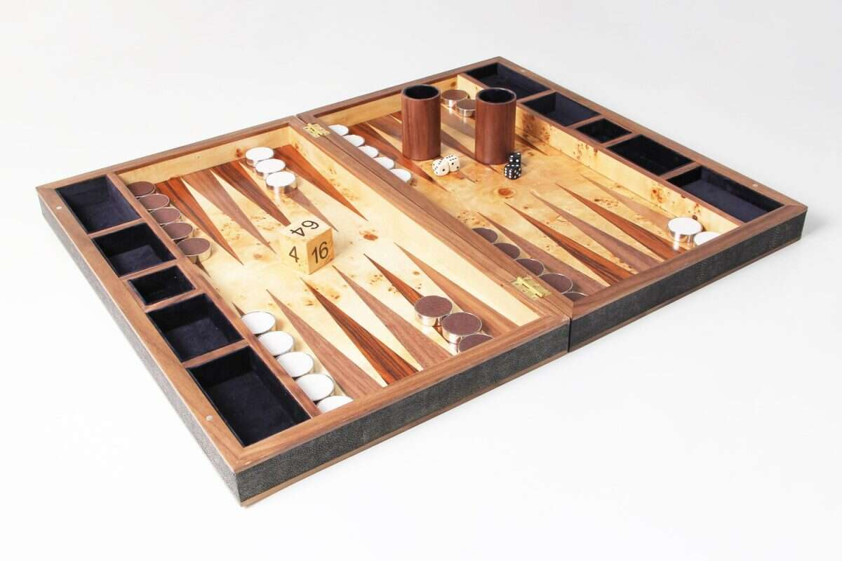 Backgammon Board in Seal Brown Shagreen and walnut 2