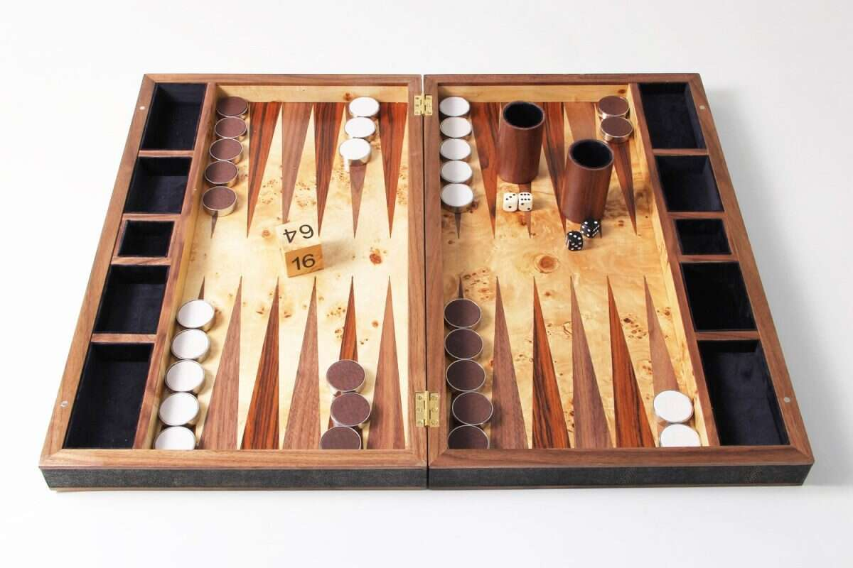Backgammon Board in Seal Brown Shagreen and walnut 1