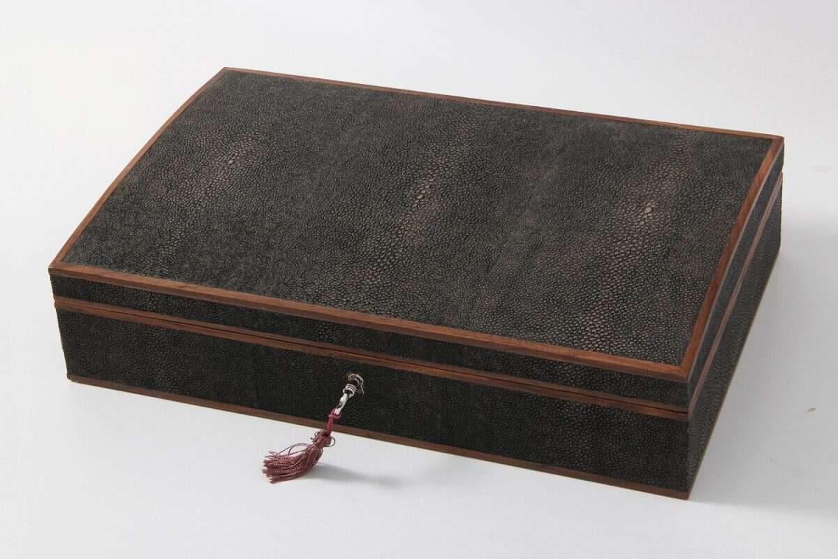 Avalon Jewellery Box in Seal Brown Shagreen3