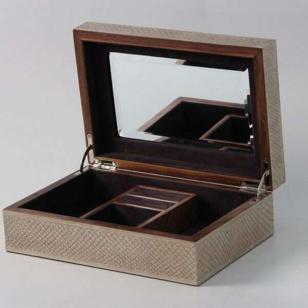 Ansley Jewellery Box in Silver Boa 5
