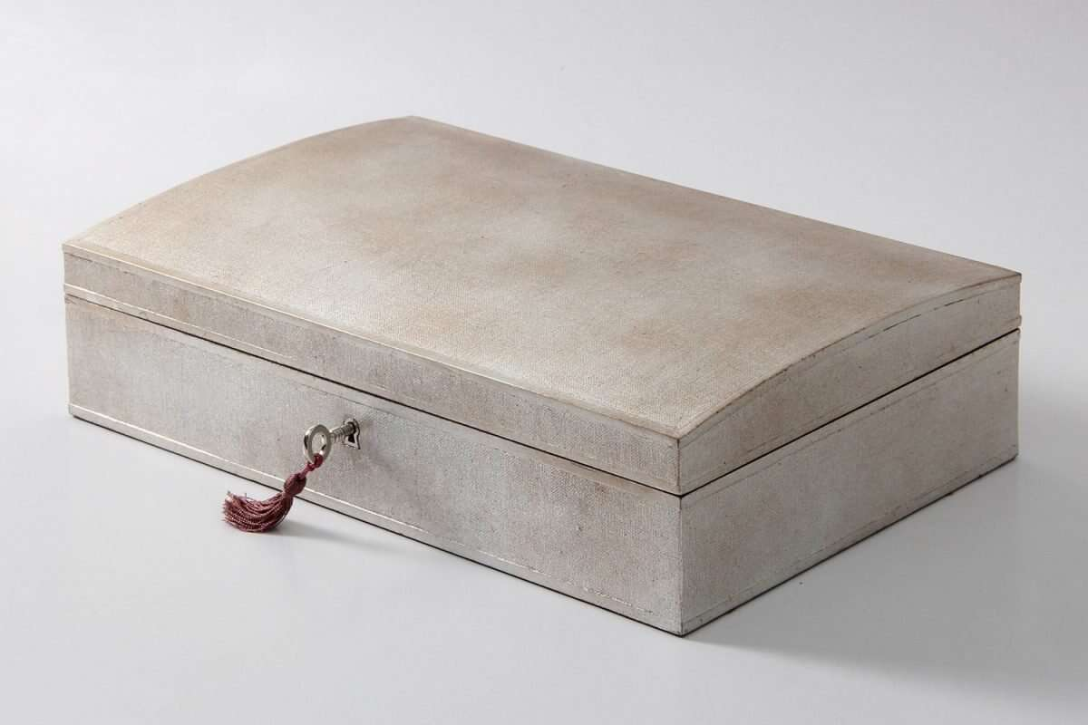 Avalon Jewellery Box in Silver Linen by Forwood Design 2