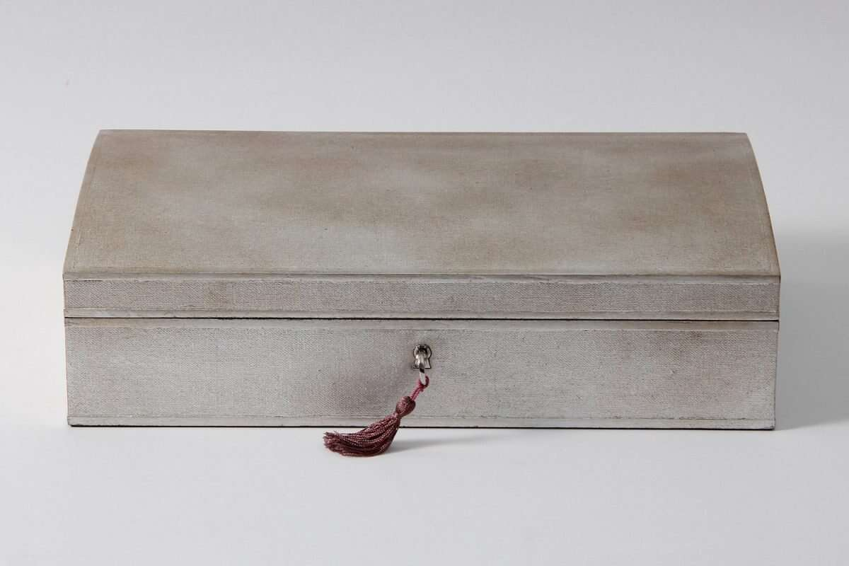Avalon Jewellery Box in Silver Linen by Forwood Design 1