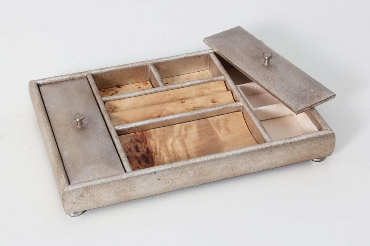 Melford Jewellery Tray in Silver Linen by Forwood design 1