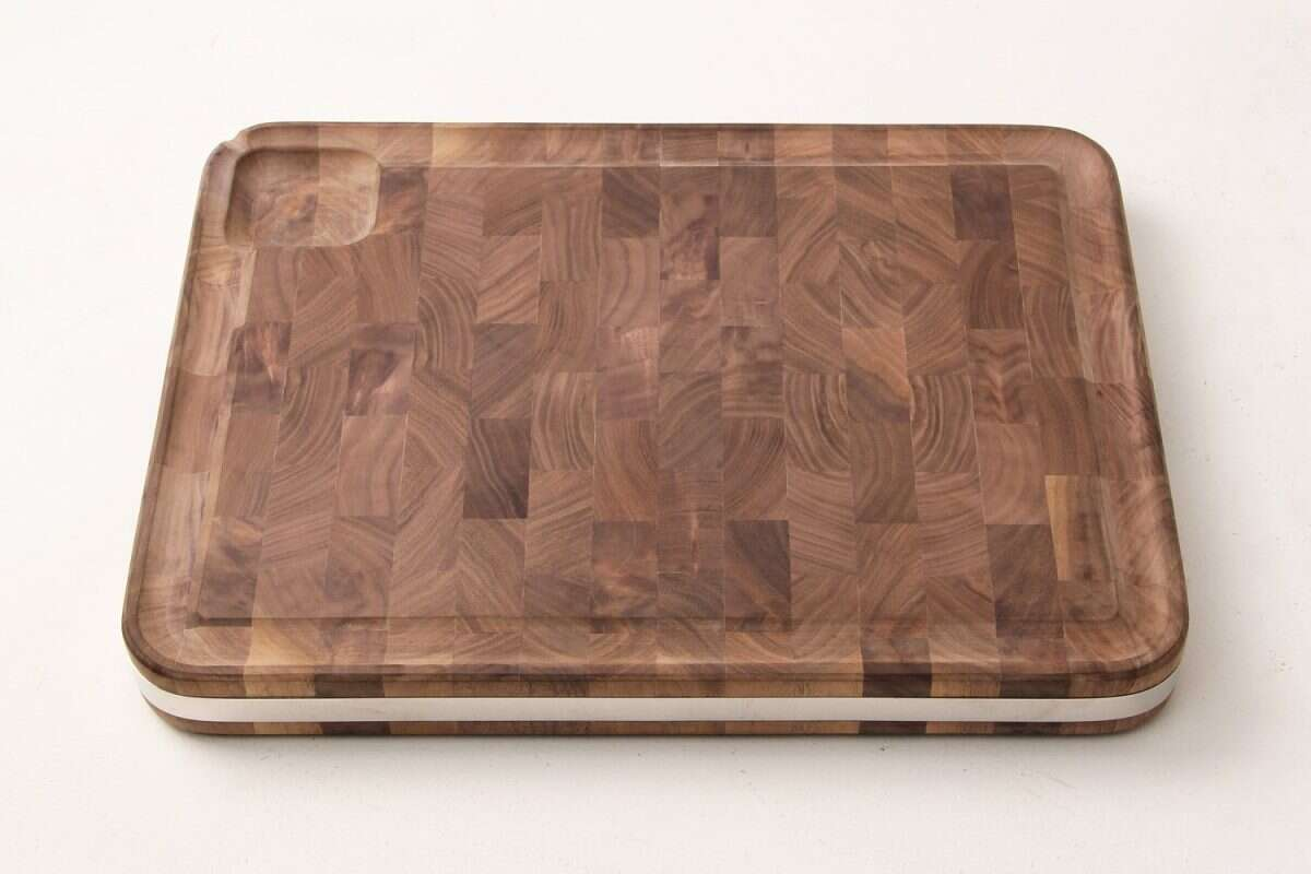 Walnut Carving board by Forwood Design 8