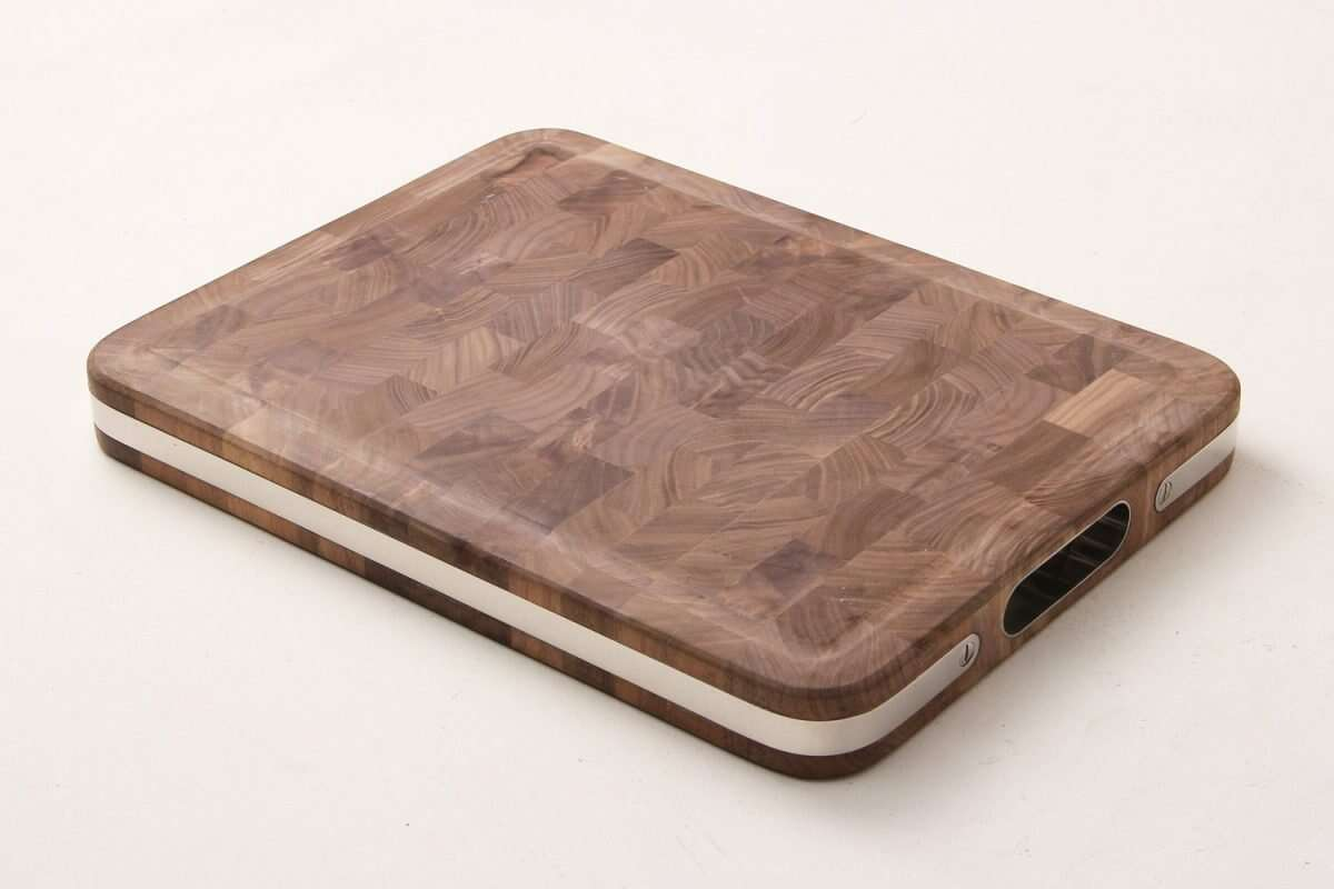 Walnut Carving board by Forwood Design 6