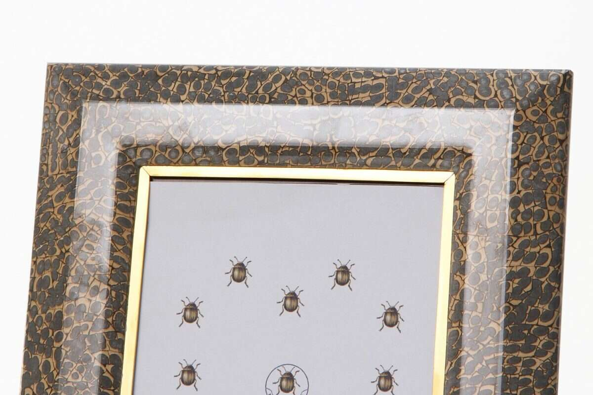 Bella Photo Frames in Eggshell by Forwood Design 2