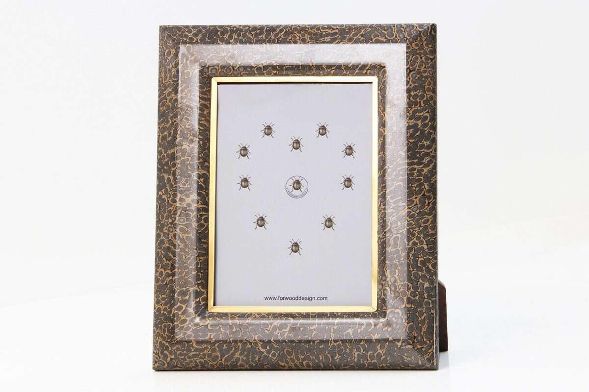 Bella Photo Frames in Eggshell by Forwood Design 7