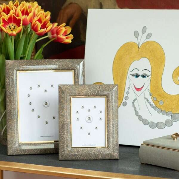 Bella Photo Frames in Eggshell by Forwood Design 9